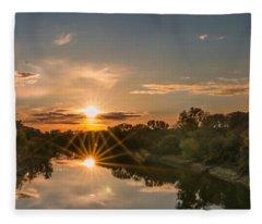 Mississippi Sunset Double Starburst Fleece Blanket