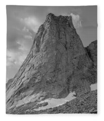 109649-bw-north Face Pingora Peak, Wind Rivers Fleece Blanket