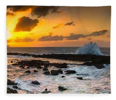 North Shore Sunset Crashing Wave Fleece Blanket