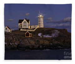 Nubble Lighthouse Ll Fleece Blanket