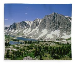 M-09702-old Main Peak, Wy Fleece Blanket