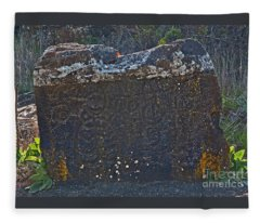 Old Native American Petroglyphs Pictogram Fleece Blanket