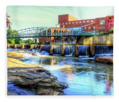 On The Reedy River In Greenville Fleece Blanket