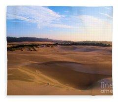 Oregon Dunes Landscape Fleece Blanket