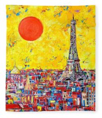 Paris In Sunlight Fleece Blanket