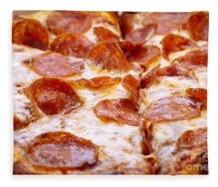 Pepperoni Pizza 1 - Pizzeria - Pizza Shoppe Fleece Blanket