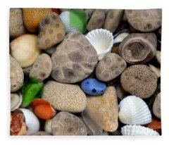 Petoskey Stones Lll Fleece Blanket