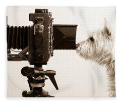 Pho Dog Grapher Fleece Blanket