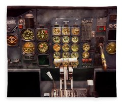 Plane - Cockpit - Boeing 727 - The Controls Are Set Fleece Blanket