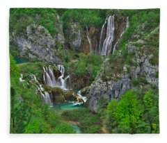 Plitvice Fleece Blanket