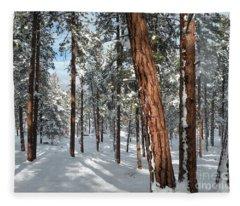 Ponderosa Winter Fleece Blanket