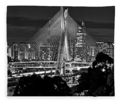 Sao Paulo - Ponte Octavio Frias De Oliveira By Night In Black And White Fleece Blanket