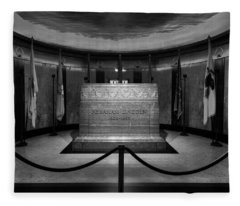 President Lincoln Tomb B W Fleece Blanket