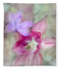 Pretty Flowers Fleece Blanket