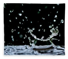 Raindrop Fleece Blanket