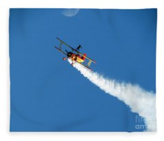 Reaching For The Moon. Oshkosh 2012. Postcard Border. Fleece Blanket