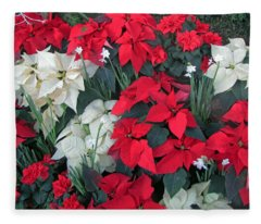 Red And White Poinsettias Fleece Blanket
