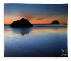 Reflections At Dusk Fleece Blanket