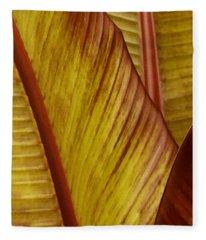 Repose - Leaf Fleece Blanket