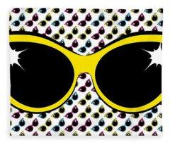 Retro Yellow Cat Sunglasses Fleece Blanket