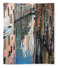 Riflessi Colorati A Venezia Fleece Blanket