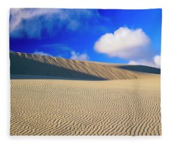 Rippled Sand And Dunes With Blue Sky Fleece Blanket