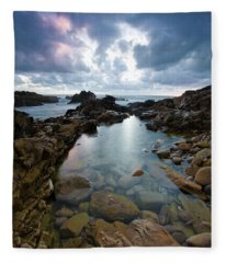 Rock Formations And Boulders Surrounded Fleece Blanket