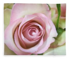 Rose Dream Fleece Blanket