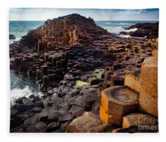 Rugged Giant's Causeway Fleece Blanket