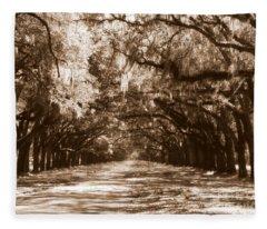 Savannah Sepia - The Old South Fleece Blanket