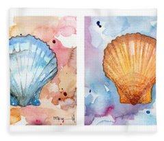 Sea Shells In Contrast Fleece Blanket