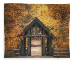 Seven Bridges Trail Head Fleece Blanket