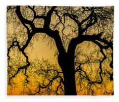 Silhouette Oak Fleece Blanket