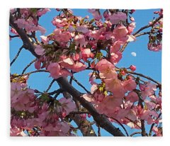 Spring Beauty At The Tidal Basin - Washington Dc Fleece Blanket