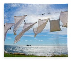 Star Island Clothesline Fleece Blanket