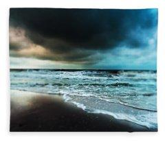 Storm Tilt Fleece Blanket