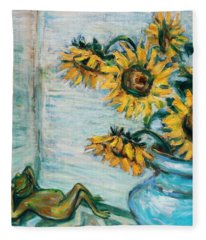 Sunflowers And Frog Fleece Blanket