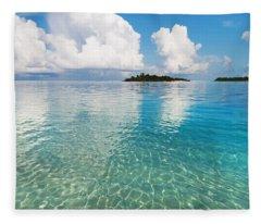 Sunny Invitation For  You. Maldives Fleece Blanket