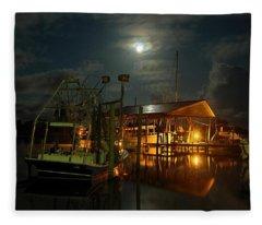 Super Moon At Nelsons Fleece Blanket