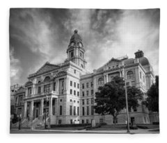 Tarrant County Courthouse Bw Fleece Blanket