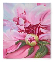 The Peony Fleece Blanket