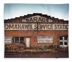 Tomahawk Garage Fleece Blanket