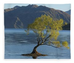 Tree In Lake Wanaka Fleece Blanket
