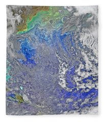 Turbulence In The Atlantic Ocean Fleece Blanket
