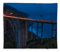 Grand Bixby Fleece Blanket