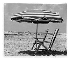 Umbrella Shade Fleece Blanket