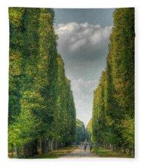 Versailles Promenade Fleece Blanket