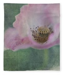 Vintage Poppy Fleece Blanket