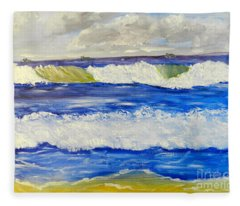 Wave At Bulli Beach Fleece Blanket
