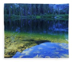 Welcome To Eagle Lake Fleece Blanket